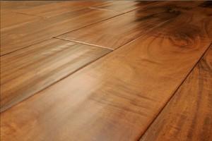 panele-podlogowe-drewniane-744x496