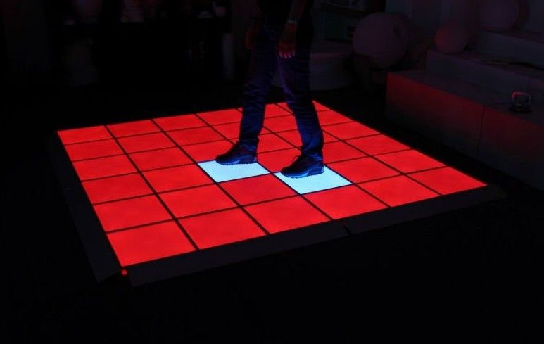 pl971238-splendid_and_color_stage_display_p31_25_led_dance_floors_for_best_quality_strong_support